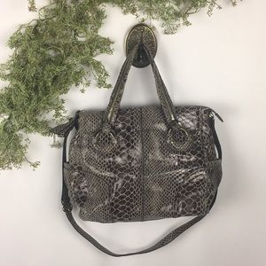 B. Makowsky Snake Skin Crossbody Large Handbag 🌿